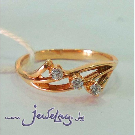 Золотое кольцо с цирконом