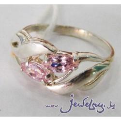 Серебряное кольцо с цветным цирконом.