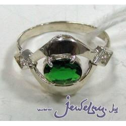 Серебряное кольцо  с изумрудом и цирконами