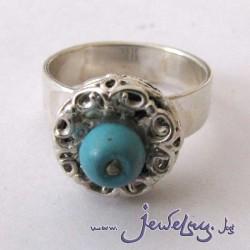 Серебряное кольцо с ажурным шариком. С бирюзой, кораллом или гранатом.