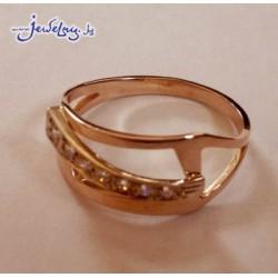 золотое кольцо с цирконами